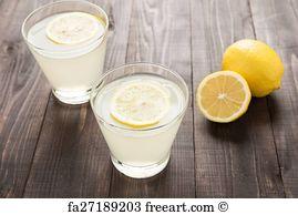 مصرف آب و لیموترش در صبح ناشتا