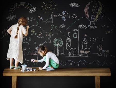 ssiimm depositphotos 119107224 stock photo kids drawing on blackboard - تفاوت اوتیسم با بیش فعالی