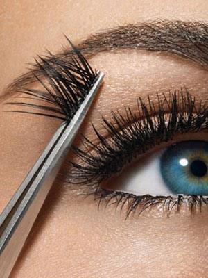 ssiimm eyelashes medium new - این کارهای زیبایی را انجام ندهید!