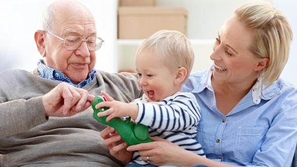 , دلایل شگفت انگیز عمر طولانی زنان | علت عمر طولانی تر خانمها