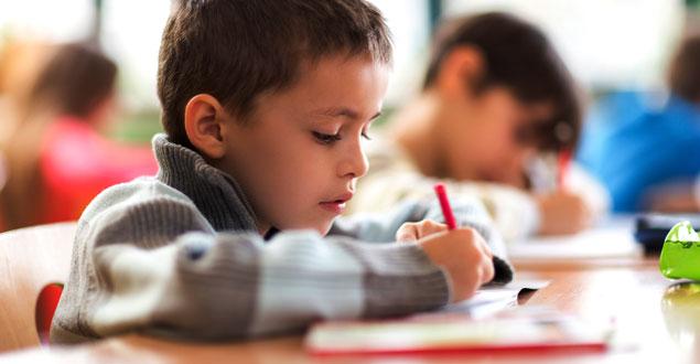 , چطور کودکی مسئولیت پذیر تربیت کنیم | آموزش مسئولیت پذیری